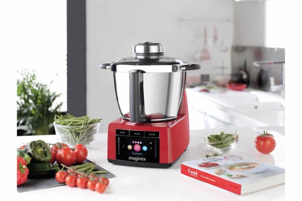 Vous voulez acheter ce robot cuiseur ? Lisez notre test complet sur le magimix cook expert