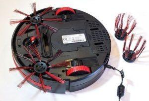 L'aspirateur robot Dirt Devil M607