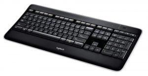 Logitech K800, un clavier ultra pratique, avec un excellent confort d'utilisation