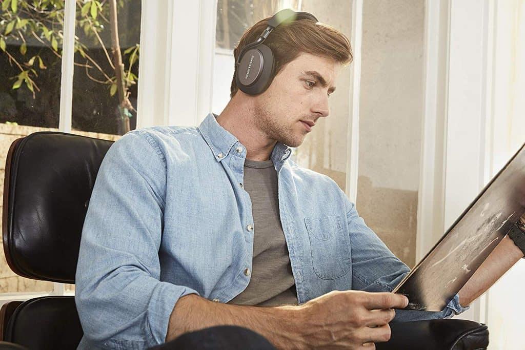 Bowers & Wilkins PX Casque à réduction active de bruit sans fil, c'est un casque Bluetooth qui offre une belle sonorisation