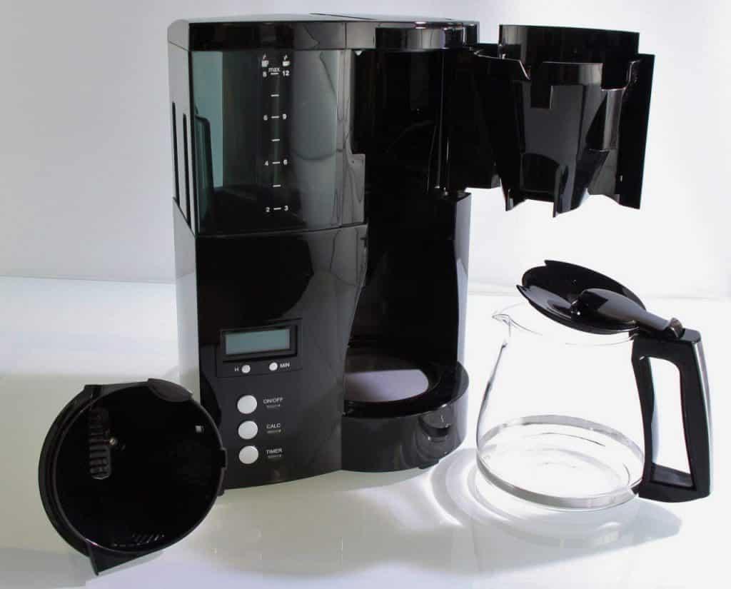 Cette machine à café est très pratique