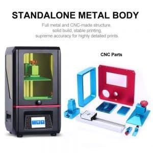 Cette imprimante 3D gère de façon précise les couches successives des formes complexes lors de l'opération du prototypage