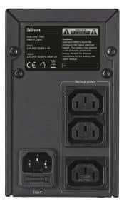 Les fonctionnalités présentes sur l'appareil permettent d'avoir un aperçu de l'état au moyen de l'USB et de surveiller le système grâce à la télécommande
