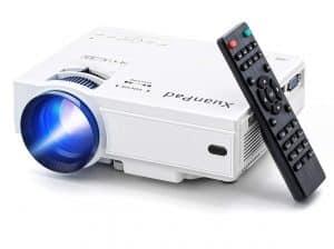 La miniaturisation des gros vidéoprojecteurs a aussi permis de proposer des mini projecteurs possédant des performances exceptionnelles