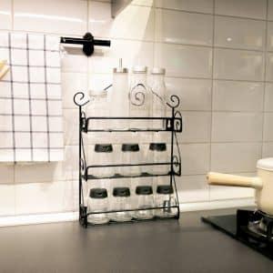 Il suffit de regarder la cuisine pour déterminer le bon endroit pour disposer votre présentoir à ingrédients